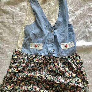 Vintage 90's lace back blouse floral